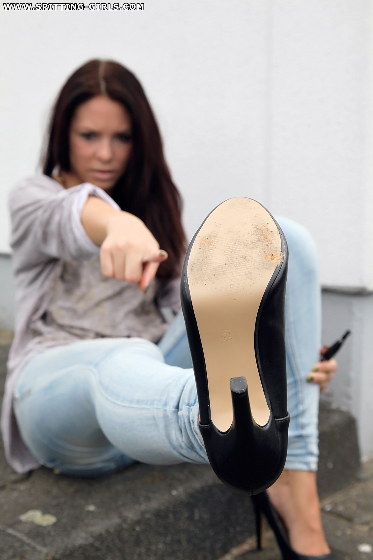 sexy pics of spitting girls in heel